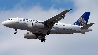 N827UA - Airbus A319-131 - United Airlines