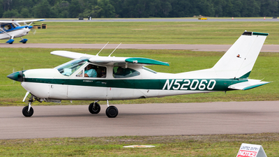 A picture of N52060 - Cessna 177RG Cardinal RG - [177RG1156] - © HAOFENG YU