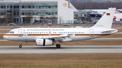 15-01 - Airbus A319-133X(CJ) - Germany - Air Force