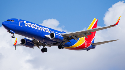 A picture of N8305E - Boeing 7378H4 - Southwest Airlines - © Alexander Owen