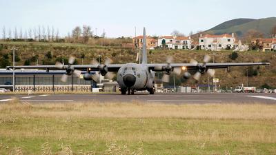 16801 - Lockheed C-130H-30 Hercules - Portugal - Air Force