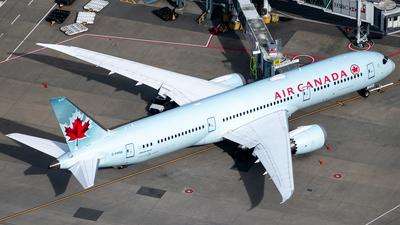 A picture of CFRSE - Boeing 7879 Dreamliner - Air Canada - © Derek MacPherson
