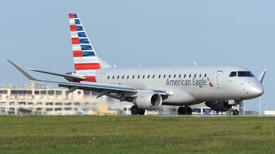 A picture of N445YX - Embraer E175LR - American Airlines - © DJ Reed - OPShots Photo Team
