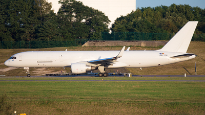 OO-TFC - Boeing 757-222(PCF) - ASL Airlines
