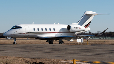N705QS - Bombardier BD-100-1A10 Challenger 350 - NetJets Aviation