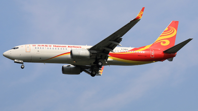 A picture of B5852 - Boeing 73784P - Hainan Airlines - © Jack Green