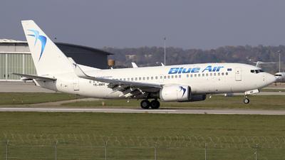 A picture of YRBMR - Boeing 7377K2 - Blue Air - © Johannes Reichert
