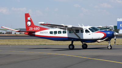 ZS-ABO - Cessna 208B Grand Caravan - Geotech Aviation