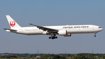 JA736J - Boeing 777-346ER - Japan Airlines (JAL)
