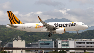 A picture of B50015 - Airbus A320232 - Tigerair Taiwan - © TY-CHEN