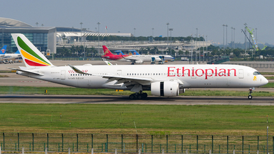 A picture of ETAVB - Airbus A350941 - Ethiopian Airlines - © songxiuming