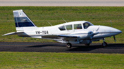 A picture of VHYUA - Piper PA23250 Aztec - [277854136] - © Brandon Giacomin