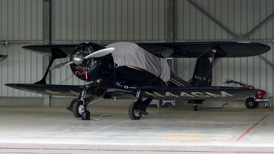 N44GM - Beech D17-S - Private