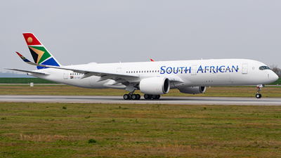ZS-SDE - Airbus A350-941 - South African Airways