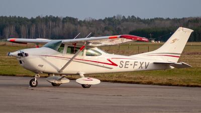 SE-FXV - Cessna 182P Skylane - Private