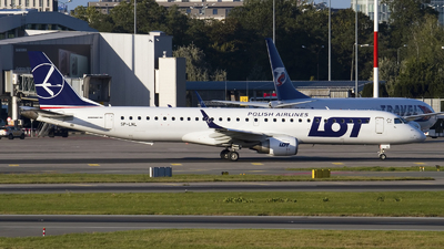 A picture of SPLNL - Embraer E195LR - LOT - © Rafal Pruszkowski