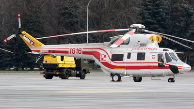 1016 - PZL-Swidnik W-3WA Sokó? - Poland - Air Force