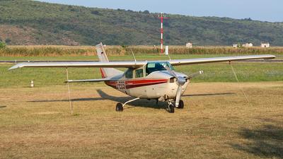 A picture of DEGSI - Cessna T210L - [21060057] - © Borut