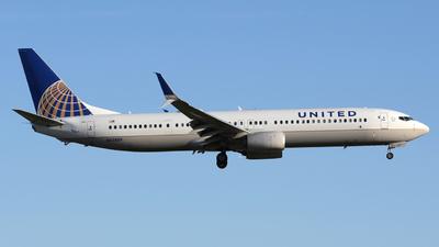 N62889 - Boeing 737-924ER - United Airlines