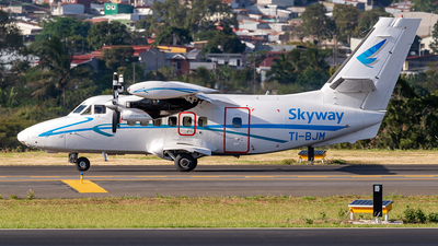 TI-BJM - Let L-410UVP-E20 Turbolet - SkyWay Costa Rica