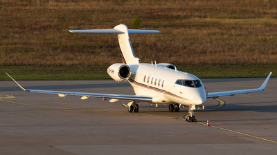 CS-CHH - Bombardier BD-100-1A10 Challenger 350 - NetJets Europe