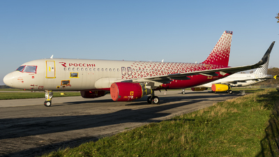 VQ-BRV - Airbus A320-214 - Rossiya Airlines