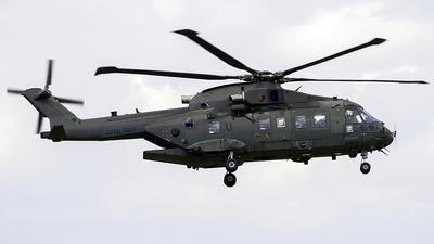 ZJ136 - Agusta-Westland Merlin HC.3 - United Kingdom - Royal Navy