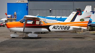 N22088 - Cessna 172S Skyhawk SP - Isla Grande Flying School