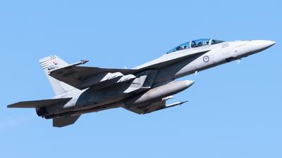 A44-215 - Boeing F/A-18F Super Hornet - Australia - Royal Australian Air Force (RAAF)