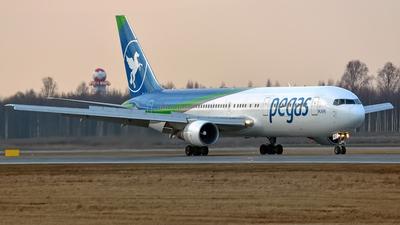 VP-BOZ - Boeing 767-3G5(ER) - Ikar