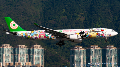 A picture of B16333 - Airbus A330302 - EVA Air - © Ka Hung Yue