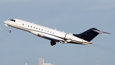 T7-CJK - Bombardier BD-700-1A10 Global 6000 - Private