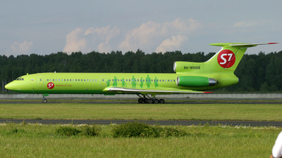 RA-85688 - Tupolev Tu-154M - S7 Airlines