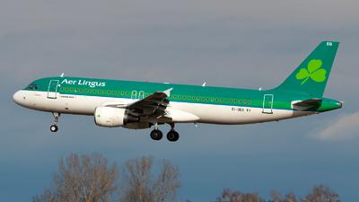 A picture of EIDEG - Airbus A320214 - Aer Lingus - © Julian Azeroth
