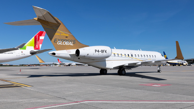 P4-BFK - Bombardier BD-700-1A10 Global Express - Private