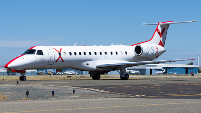 A picture of N262JX - Embraer ERJ135LR - JSX - © Taylor Kim