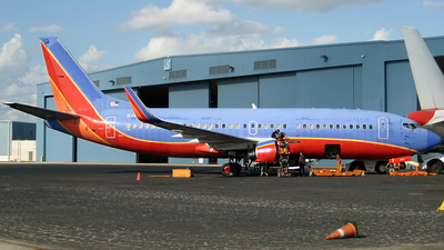 N359SW - Boeing 737-3H4 - Untitled