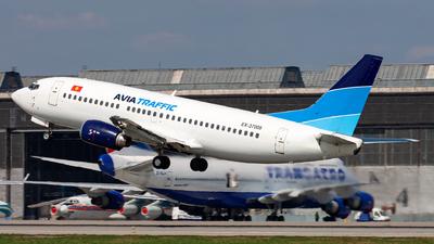 EX-37008 - Boeing 737-330 - ATC - Avia Traffic Company