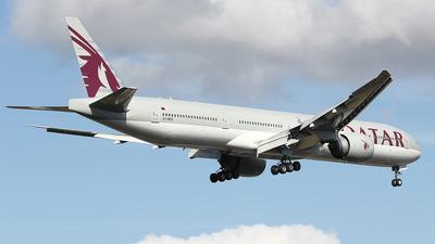 A picture of A7BES - Boeing 7773DZ(ER) - Qatar Airways - © Jeroen Stroes