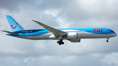A picture of GTUIM - Boeing 7879 Deamliner - TUI fly - © Che Stuart