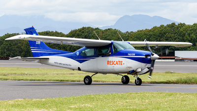 039 - Cessna 210L Centurion II - Guatemala - Air Force
