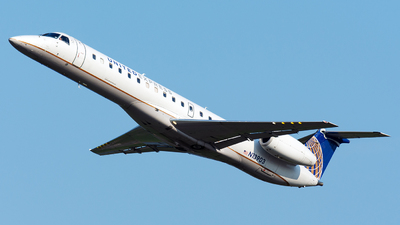 N13903 - Embraer ERJ-145LR - United Express (ExpressJet Airlines)