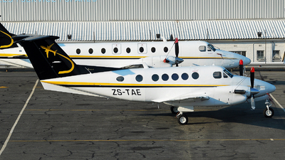 ZS-TAE - Beechcraft 200 Super King Air - TAB Air Charters