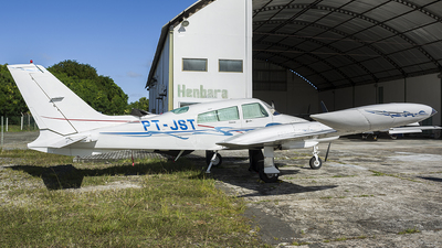 PT-JST - Cessna 310Q - Private
