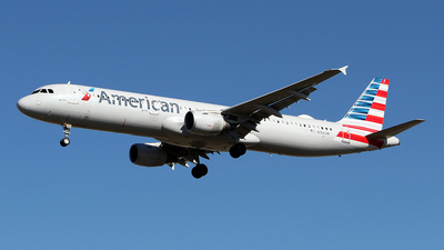 A picture of N156UW - Airbus A321211 - American Airlines - © toyo_69pr