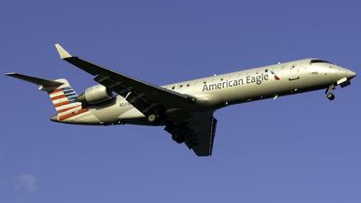 A picture of N501BG - Mitsubishi CRJ701ER - American Airlines - © nicholastoto