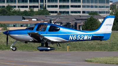 N652MH - Cirrus SR22T-GTS - Private
