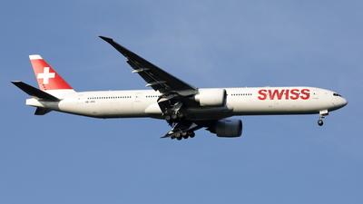 A picture of HBJNG - Boeing 7773DE(ER) - Swiss - © Mitsuhiro Yamamoto