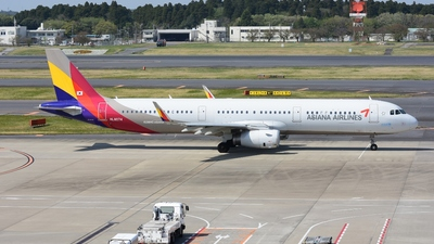HL8074 - Airbus A321-231 - Asiana Airlines