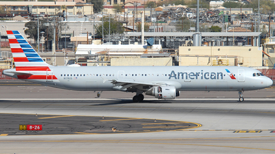 A picture of N178US - Airbus A321211 - American Airlines - © Jason Whitebird